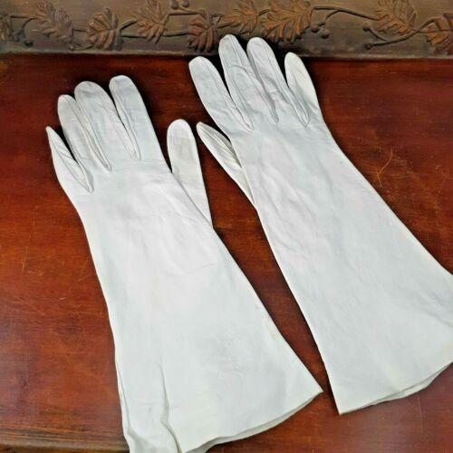 Vintage Christian Dior Kid Leather Gloves Creamy White Size 6 1/2 ladies