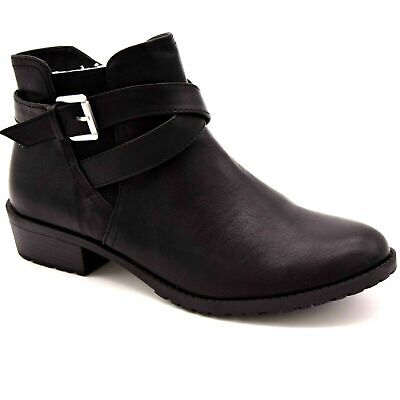 Time & Tru Womens Accent Buckle Zip Shaft Ankle Boots US Size 9 Black -