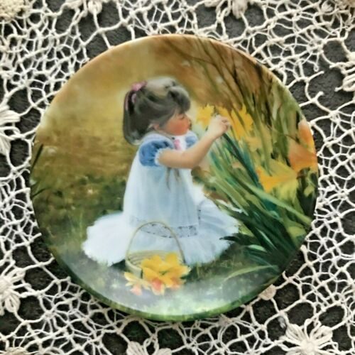 """Flowers for Mother 🌷 Miniature Plate DAFFODIL Collector Donald Zolan 3.25"""" #325"""