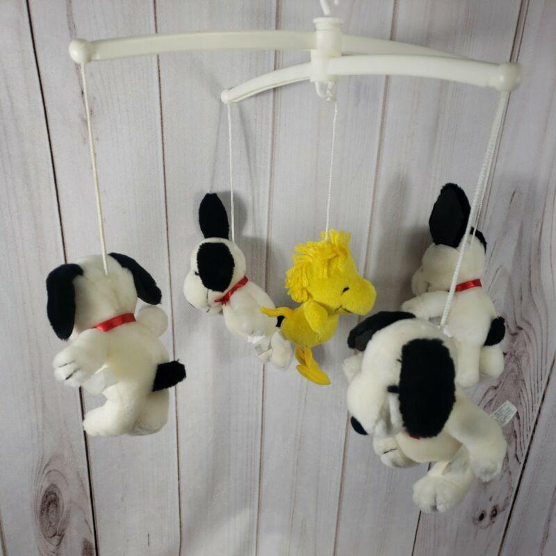 Vintage Quiltex Mobile Crib Hanging Snoopy Peanuts Woodstock Music Needs Work