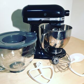 Black KitchenAid Stand Mixer For Sale with Glass Bowl Petersham Marrickville Area Preview