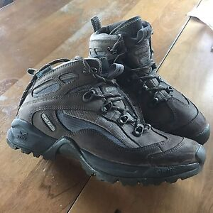 Size 7 hiking boots