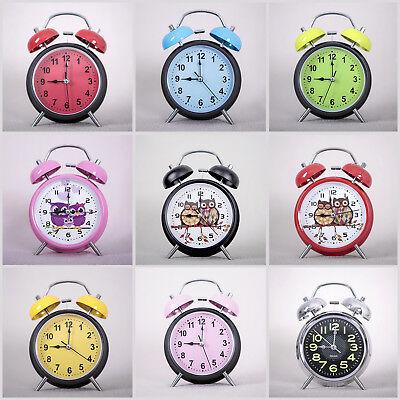 Wecker klassisch nostalgie Design Batteriebetrieben mit Licht Glockenwecker Uhr