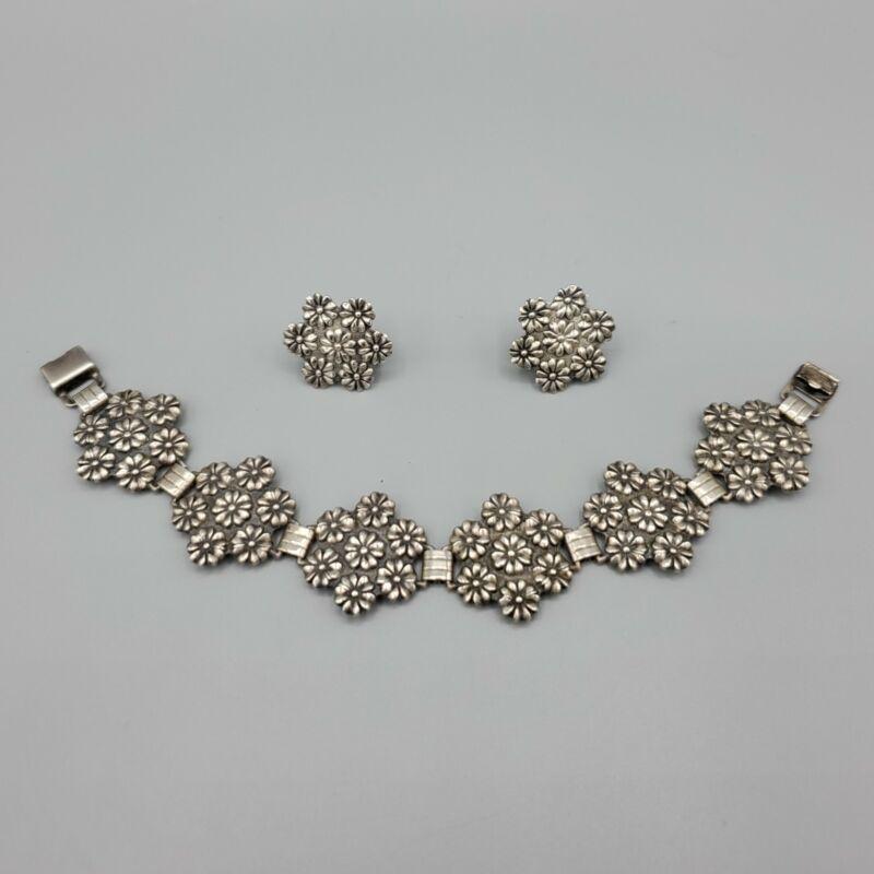 "1940s Sterling Silver Repousse Floral Link Bracelet 7"" & Screw Earrings 32.5g"