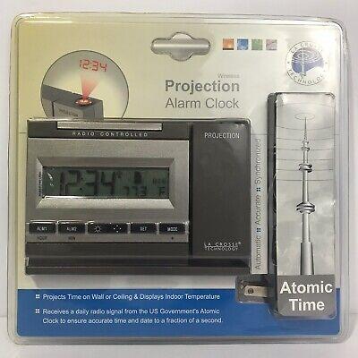 NEW La Crosse Radio Controlled Projection Alarm Clock Atomic Time WT-5720