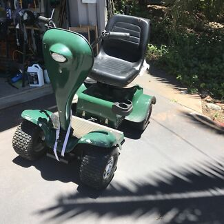 Grasshopper golf buggy