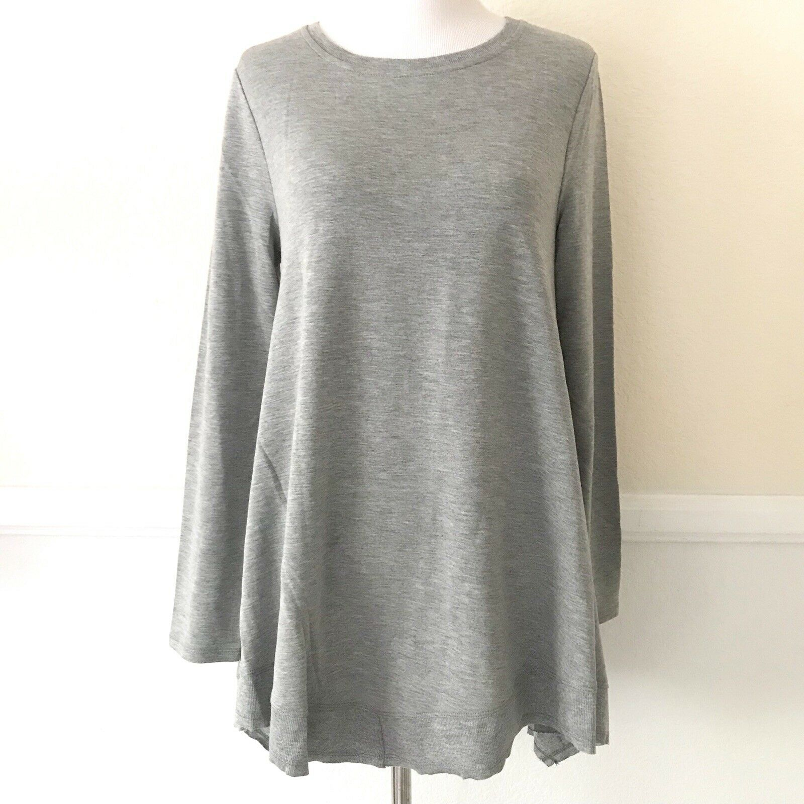 19d888b2080 Cupio Womens Tunic Top Size SMALL Gray Long Sleeves Loose Blouse Fashion  Shirt