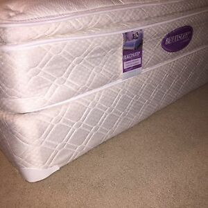 Mattress & box spring queen