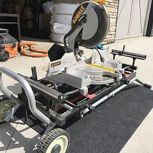 "DeWalt 12"" Compound Mitre Saw w/Contractor Stand and 6 Blades"