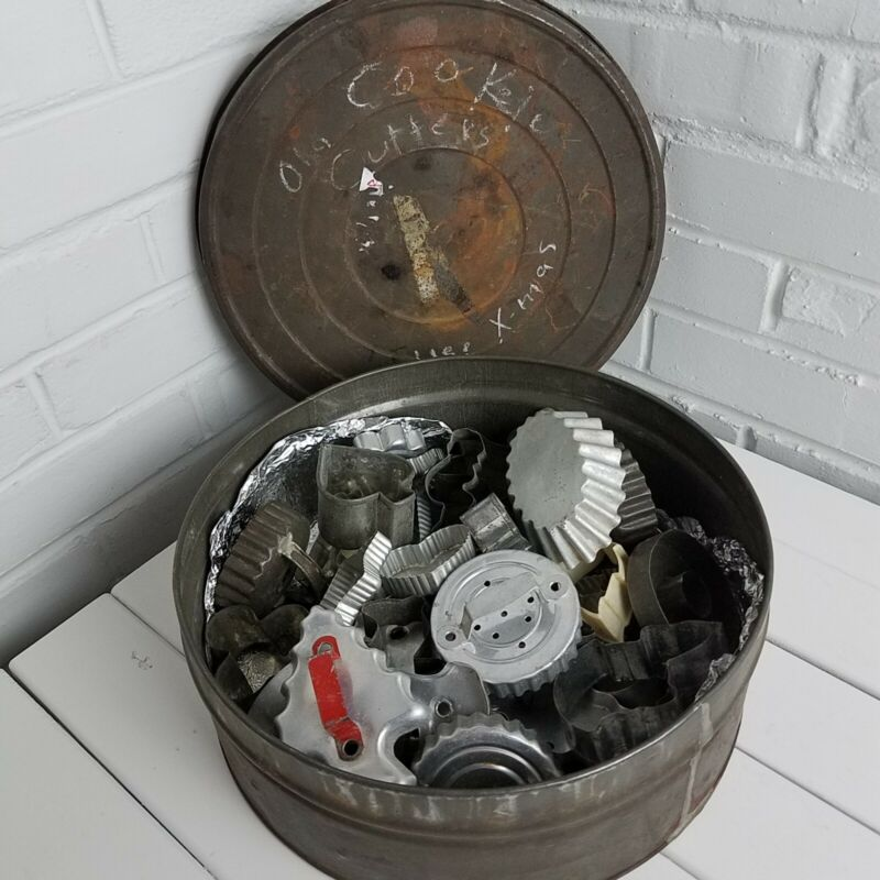 Antique Round Tin 15 lb & Antique/Vintage Cookie Cutters Lancaster Pa PRIMITIVE