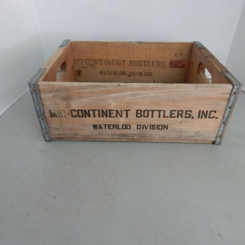 Waterloo Iowa Vintage Wood Bottle Crate, Mid Continent Bottlers,  1966