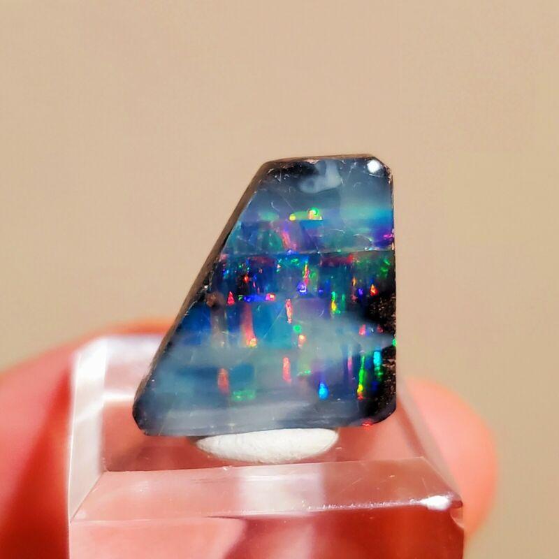 Rare Honduran Seam Opal