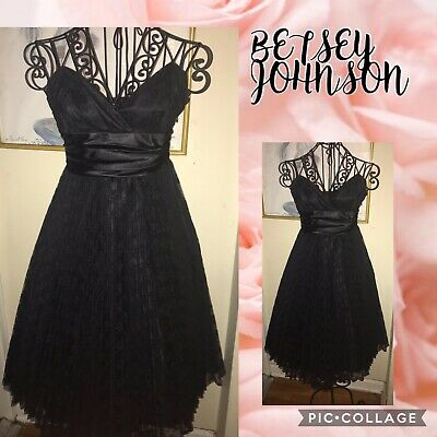 BETSEY JOHNSON BLACK LACE & SATIN DRESS~HALTER TOP~PLEATED LACE SKIRT~SIZE -