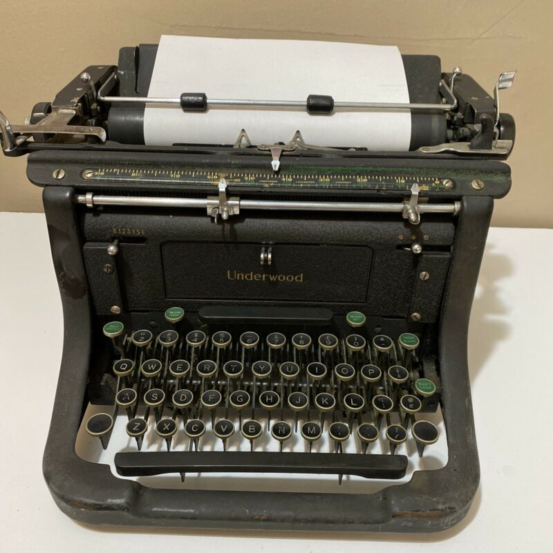 Underwood Desk Typewriter Elliot Fisher USA Serial number M5115145-11