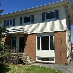 3 Bedroom Duplex: Fairview