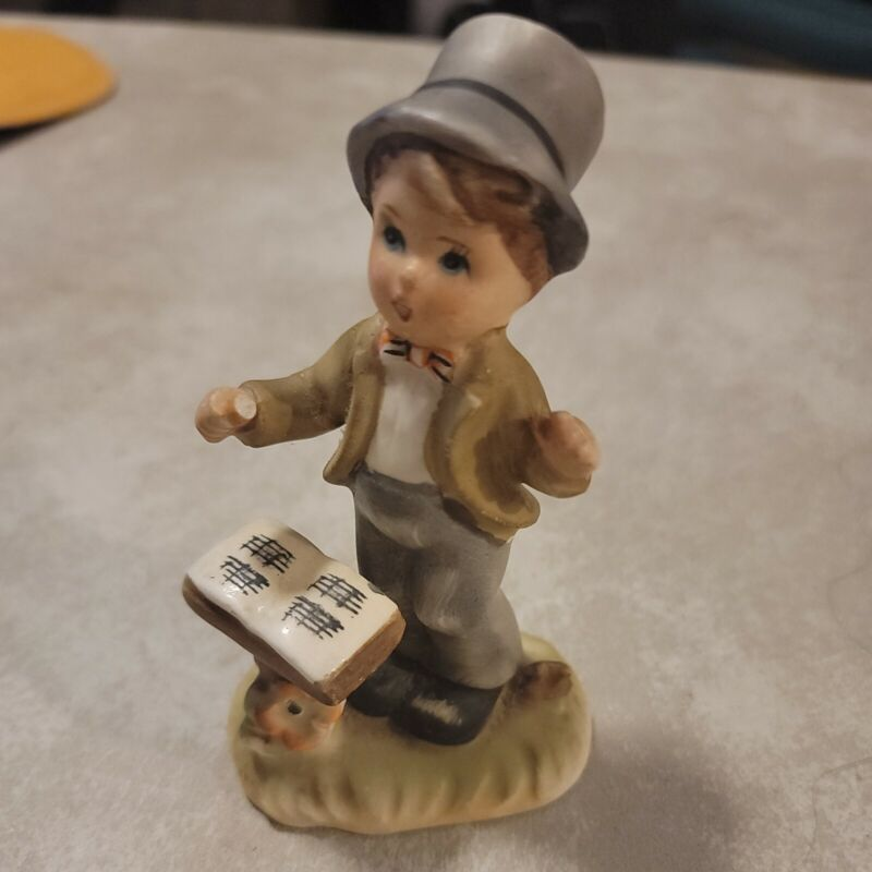Vintage Arnart 5th Ave YOUNG CONDUCTOR Hand Painted Figurine 11/545 Excellent