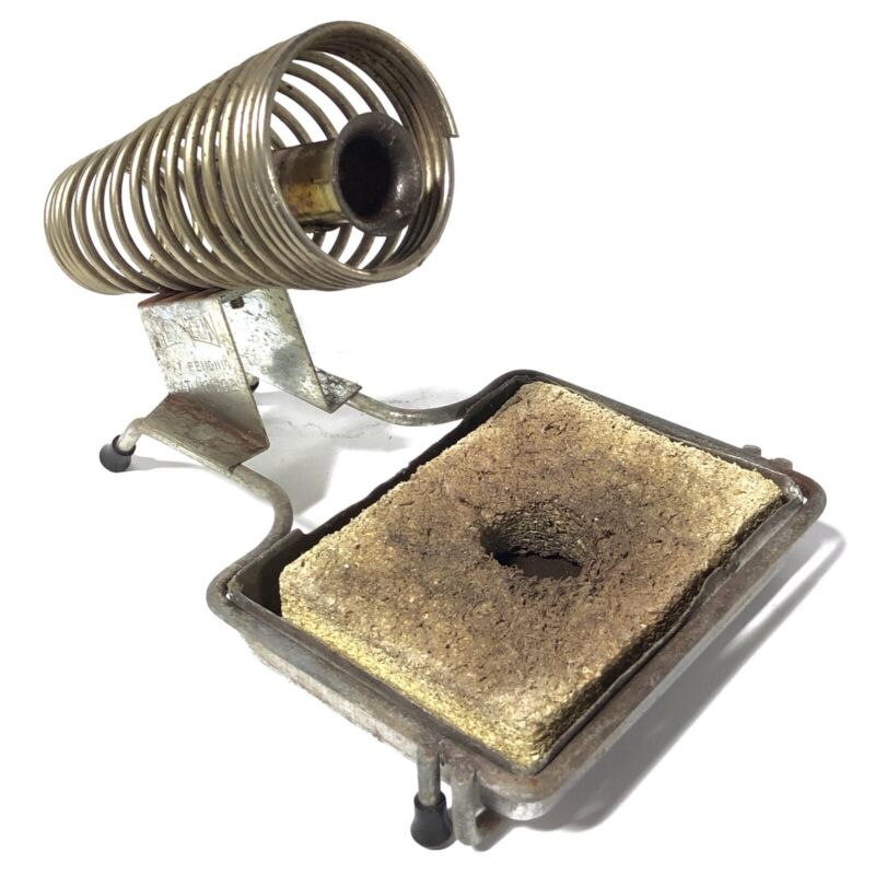 ^ Hexacon 892 Soldering Stand with Sponge and Tray