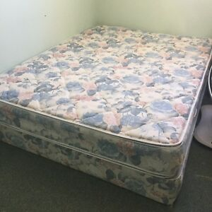 Queen size mattress and box