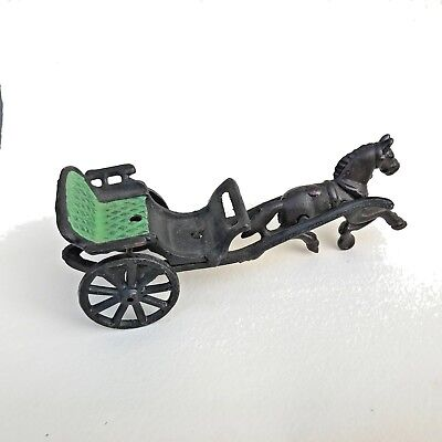 Painted Cast Wrought Iron Horse & Wagon Green Buggy Seat Trotters ()