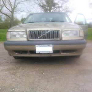 1998 Volvo 850 GLT Sedan Safety and Etested