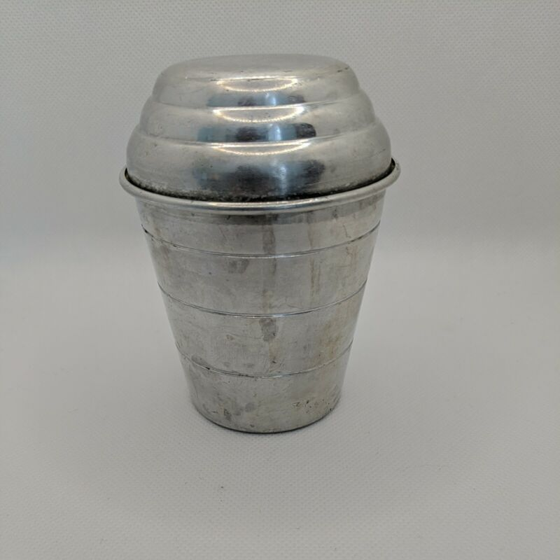 Vintage MIRRO Measuring Cup Shaker with Lid 1 Cup Aluminum M 2623