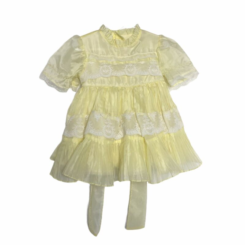 Vintage Martha's Miniatures We're Fussy Yellow White Lace Dress Size T4 Preowned