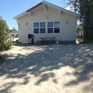 13 BEACHFRONT COTTAGES IN WASAGA BEACH