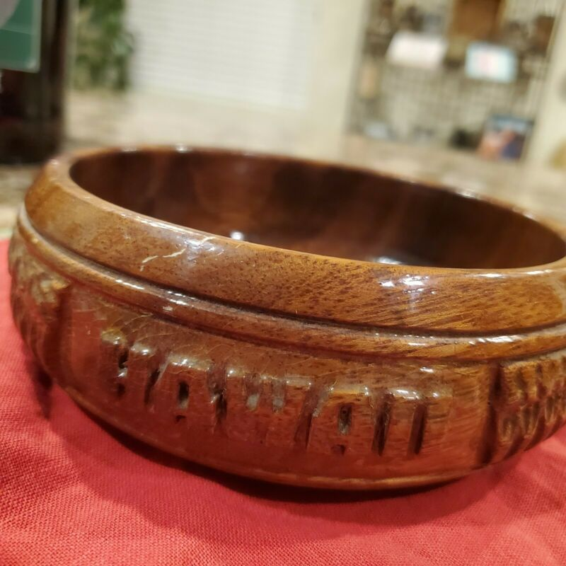 """(2) Alii Woods Wooden Hawaii Honolulu Made in the Philippines Bowl 6""""x 2"""""""