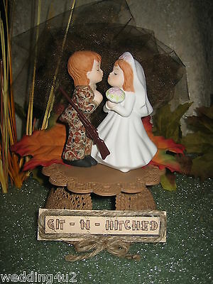 Wedding ~Git n Hitched~ Sign Camo Kissing Bride & Groom Cake Topper Brown Base