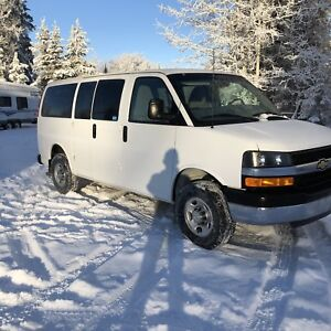 2015 4x4 Chev Express 12 Passenger Van