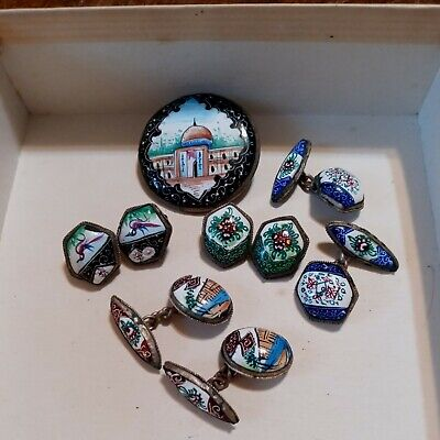 LOT OF ANTIQUE PERSIAN HAND PAINTED JEWELRY.