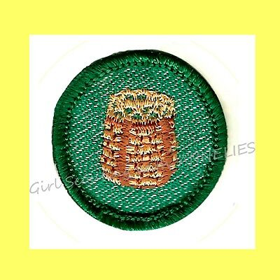 1955 CAMPCRAFT Badge Intrmd. Girl Scout EUC Patch Basket Weaving VOLUME DISCOUNT - Discount Baskets