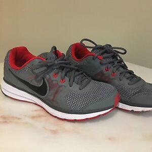 Nike shoes 8.5 wide men's  Kitchener / Waterloo Kitchener Area image 3