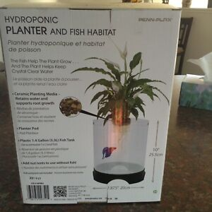 Beautiful Aqua-Ponic 5.3l  fish tank and Fish!