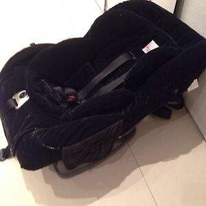 Safe&sound meridian AHR baby car seat Hoxton Park Liverpool Area Preview
