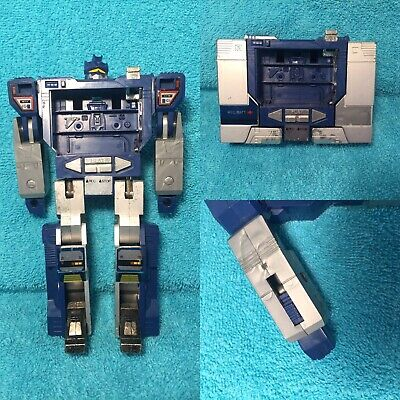 Vintage G1 Transformers Decepticon Cassette Player Soundwave Action Figure 1984