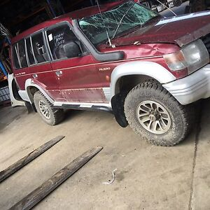 Wrecking Mitsubishi pajero Wynyard Waratah Area Preview