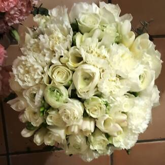 Florist - Events & Weddings. Package deals available