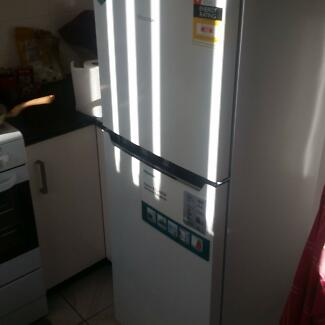 Hisense 230L Top Mount Refrigerator