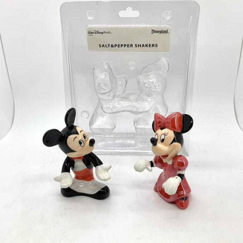 Walt Disney World Mickey & Minnie Salt & Pepper Shakers Ceramic Unused Repaired