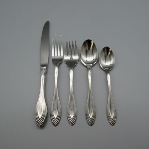 Oneida Stainless Heiress 5pc Place Setting * Community