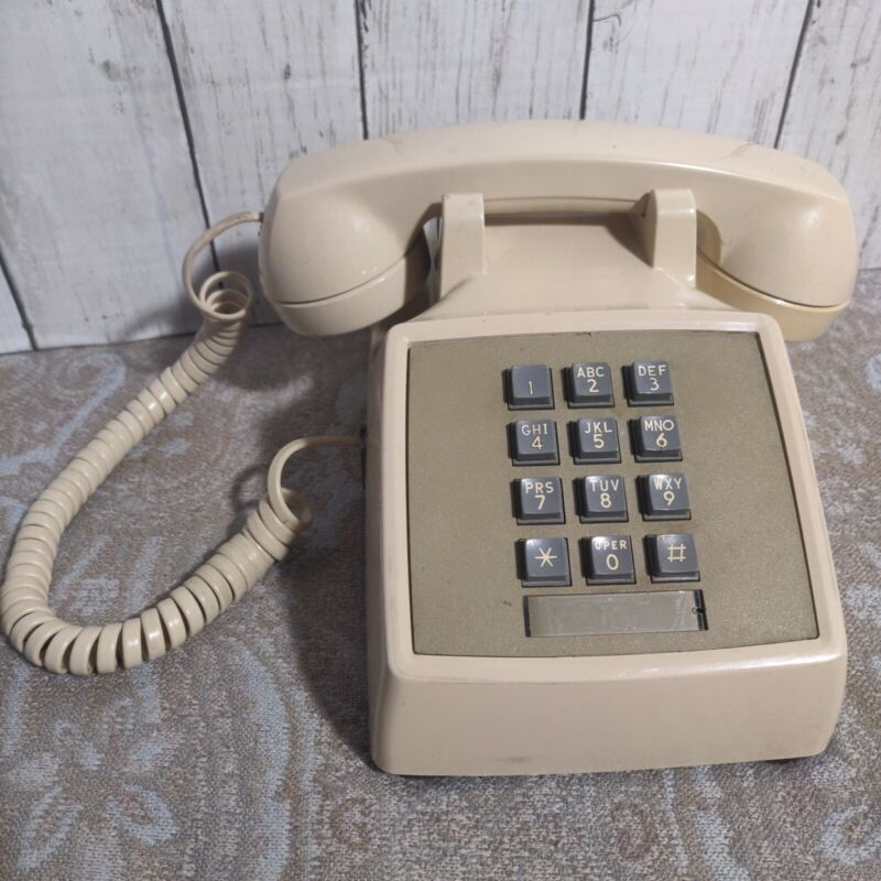 Vintage Bell system AT&T Push Button Corded Landline Telephone