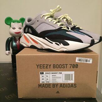 ✅ adidas YEEZY BOOST 700 Wave Runner