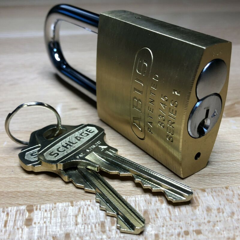 Schlage Everest KIK Cylinder w/ 2 Keys & Security Pins in New ABUS 83/45 Padlock