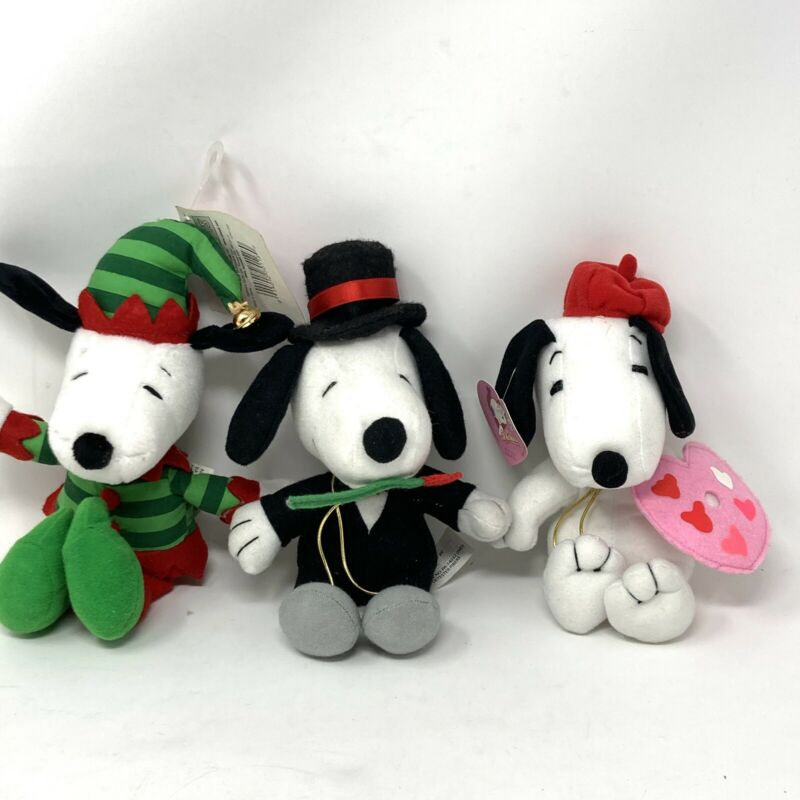 Lot Of Peanuts Snoopy Plush Christmas Elf~New Years W/Top Hat~Valentines Artist