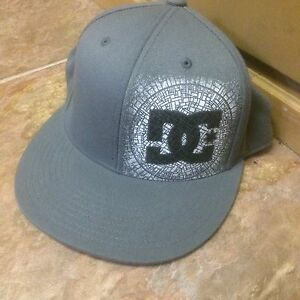 DC fitted flat hat