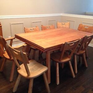 Dining table with 8 chairs and hutxh Cambridge Kitchener Area image 1