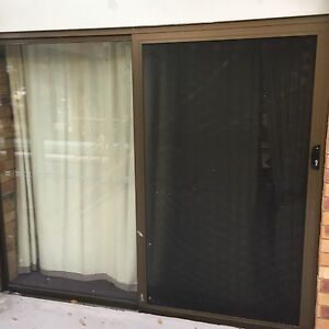 Glass sliding doors in sunshine coast region qld home for Sliding glass doors gumtree