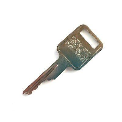 Case Heavy Equipment Key For Backhoe Skid Steer Loader - Oem Logo A77313 D250