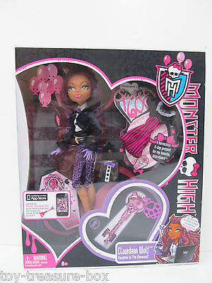 Clawdeen Wolf Monster High Doll dressed for Draculaura's Sweet 1600 Birthday  (Monster High Draculaura 1600 Birthday)